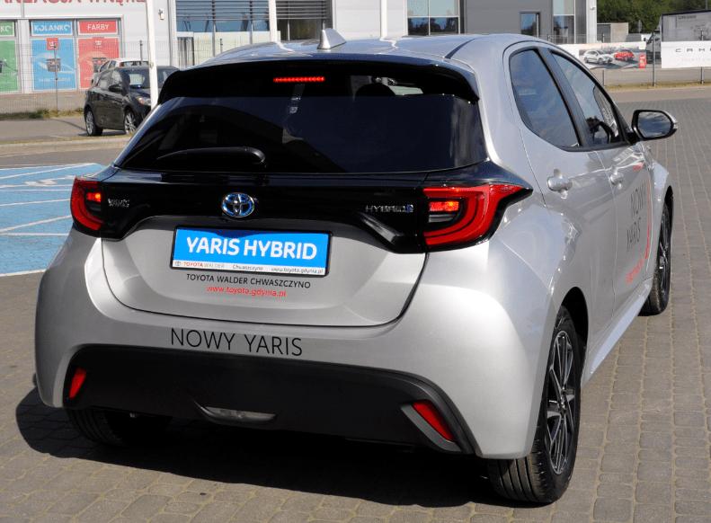 Hybrydowa Toyota Yaris 2020